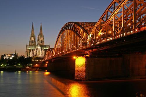 reise2012-Koeln Hohenzollernbruecke